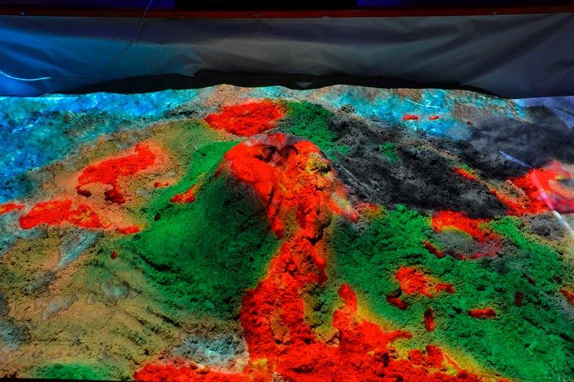 Interactive Sandbox Volcano