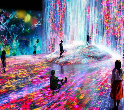 Interactive room - projections in the walls and on the floor
